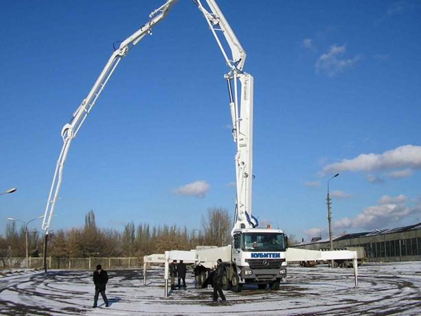 Услуги, аренда, заказ автобетононасоса (бетононасоса) в Иркутске