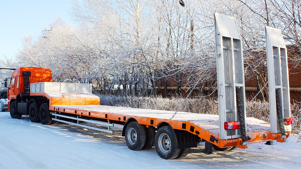 Аренда трала, услуги трала, перевозка спецтехники — Москва и Московская область
