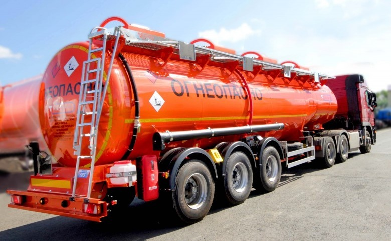 Перевозка светлых нефтепродуктов бензовозом, Москва и Московская область